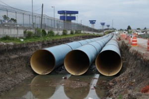 Aspectos de la construcción del Sistema de aguas Cutzamala, en las inmediaciones del penal de máxima seguridad del Altiplano.