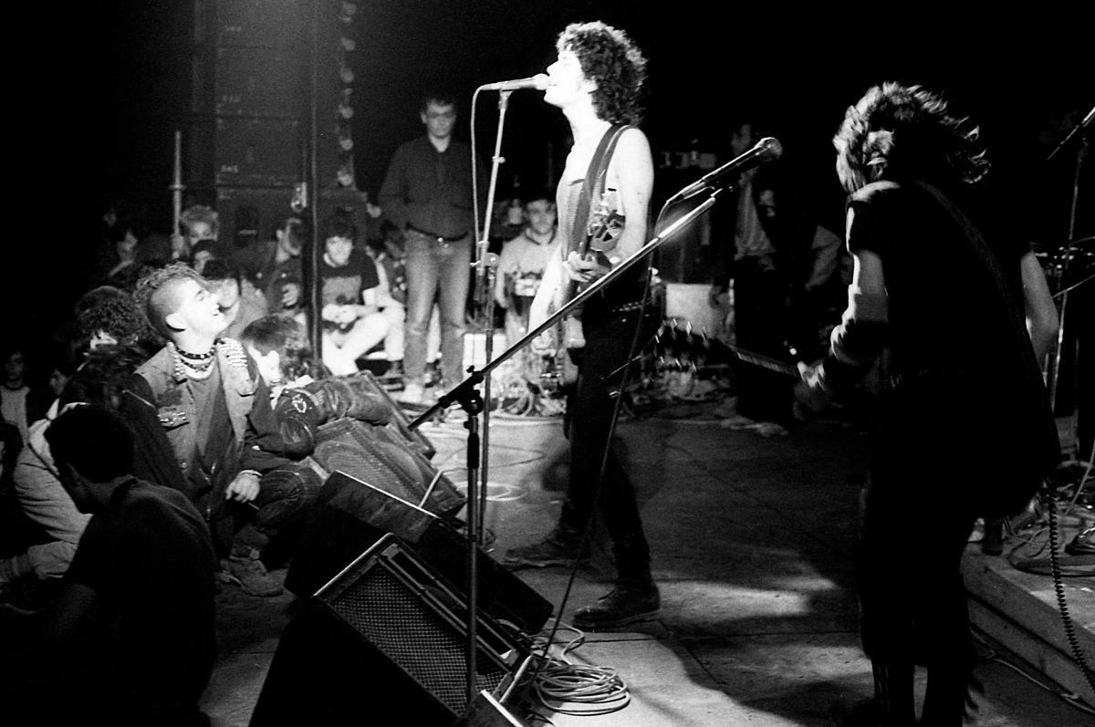 Argentina el baterista del grupo de rock arbol coge a una fan - 4 10