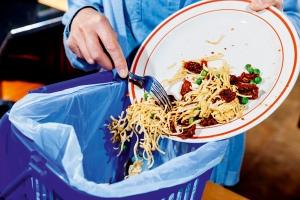 los-alimentos-que-tiramos-a-la-basura