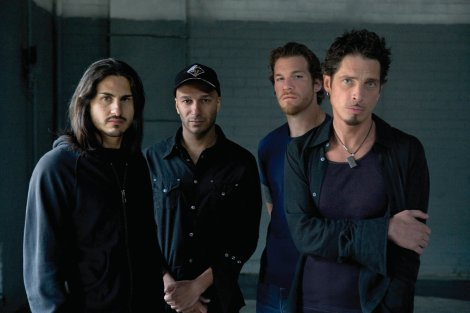 audioslave-umg-ethan-a-russell-2005