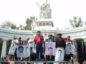 marcha-cdmx-ayotzinapa-4