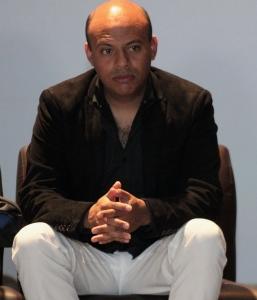 CARLO AYHLLÓN (1)