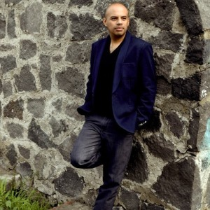 CARLO AYHLLÓN (4)