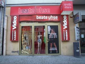Ulica_Świętojańska,_Gdynia_-_Sex_Shop_002