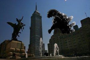 godzilla_attack_mexico_city_by_chutemoc
